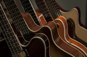 Free photo of Musical Instrument, Guitar, Brown, Music and Guitar accessory