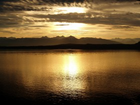 Free photo of Water, Sky, Cloud, Dusk and Water resources