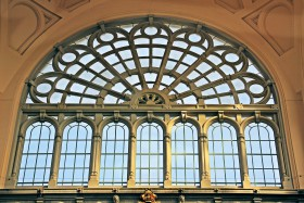 Free photo of Facade, Symmetry, Fixture, Art and Tints and shades