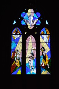 Free photo of Window, Symmetry, Fixture, Darkness and Stained glass