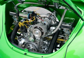 Free photo of Green, Hood, Motor Vehicle, Automotive Fuel System and Automotive design