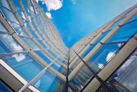 Free photo of Cloud, Building, Sky, Symmetry and Daytime